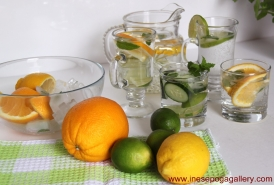 How to make delicious natural fruit water